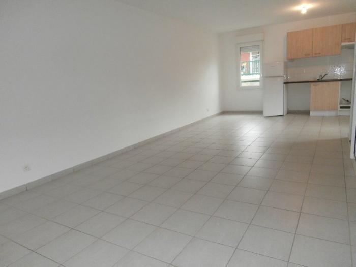 A louer t2 vide 2 places de parking sous sol location appartement hendaye - Sous louer une place de parking ...