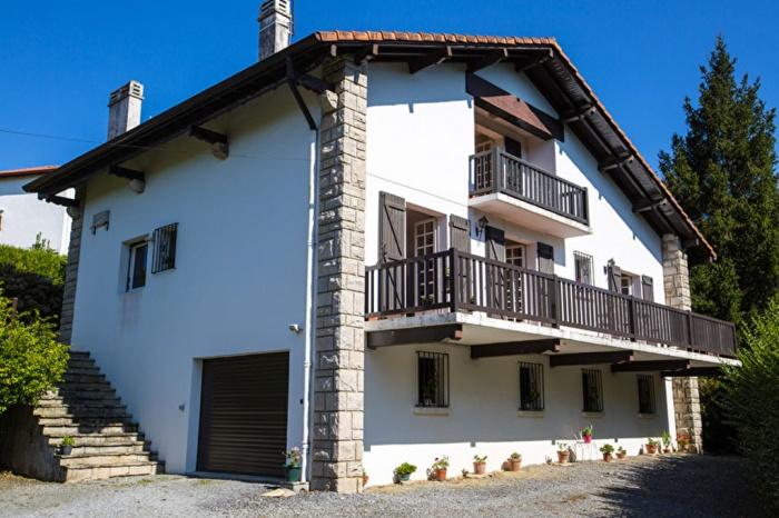 Exclusivité belle villa en plein coeur de Biriatou