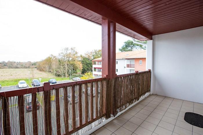 Apartamento con 1 dormitorio en Boucau - 35.35 m²