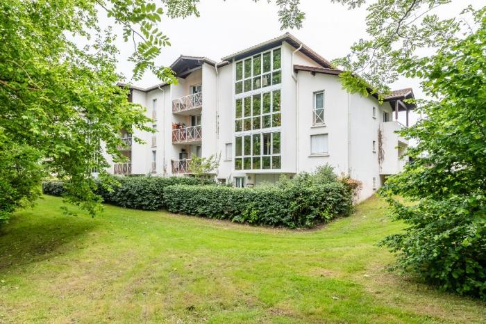 T2 avec terrasse et jardin achat appartement anglet for Immobilier avec jardin