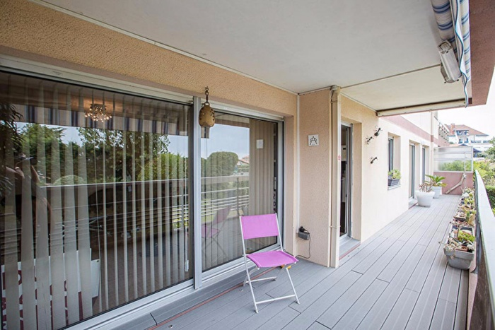RARE sector Chambre d'Amour: Apartment type 3 of 70 m2 fully renovated