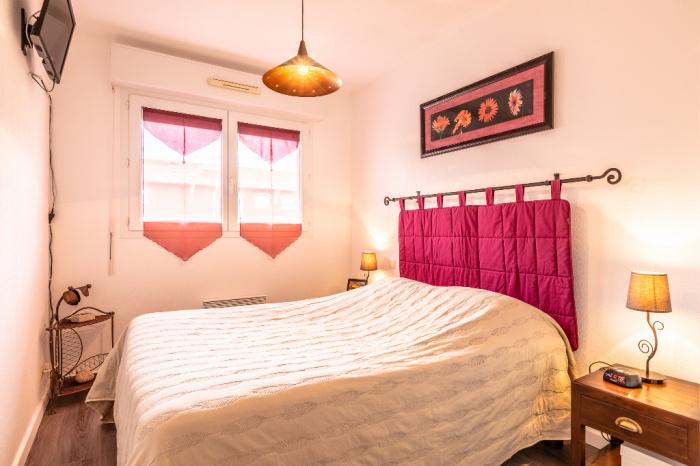 Bayonne top floor T4 for sale