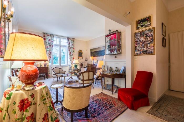 Très bel appartement à vendre, avec garage et cave