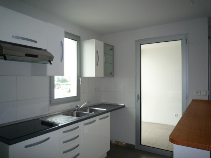 Anglet, Two rooms all on foot