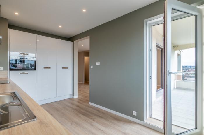 anglet proche cinq cantons t4 avec terrasse parking et cave achat appartement anglet carmen. Black Bedroom Furniture Sets. Home Design Ideas