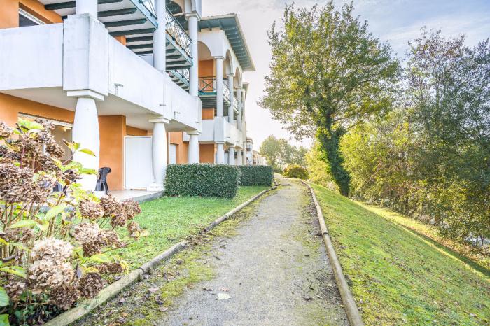 T2 avec jardin dans r sidence avec piscine socoa achat for Achat appartement jardin