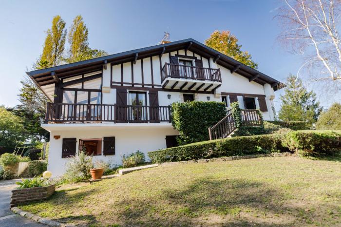 Maison à vendre à Urcuit d'environ 170 m2