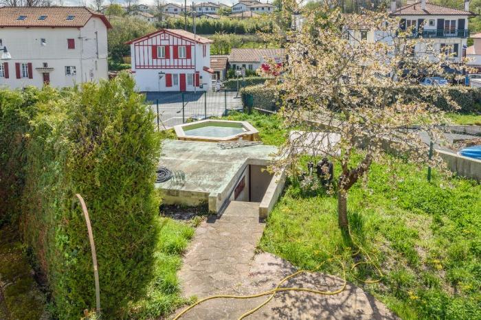 Mode de vie e pied pour ce T3 avec piscine jardin et garage