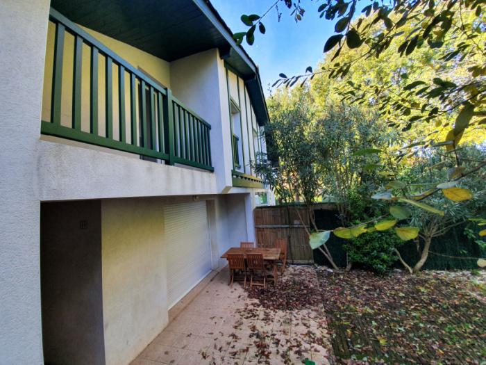 Para la venta casa adosada t3 en la zona alta de hendaya - Comprar casa en hendaya ...