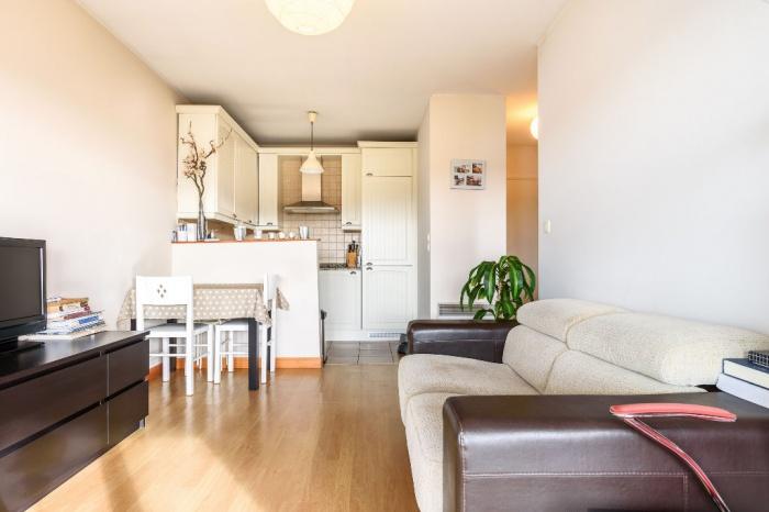 Appartement 2 pièces avec cave et une place de parking