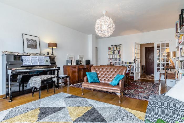 c38f5e56a12 Avenue Foch. A vendre grand appartement T3