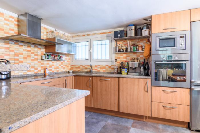 A vendre maison de ville quartier Belcenia