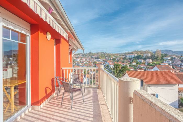 A vendre centre ville superbe T4 avec terrasse 18m²
