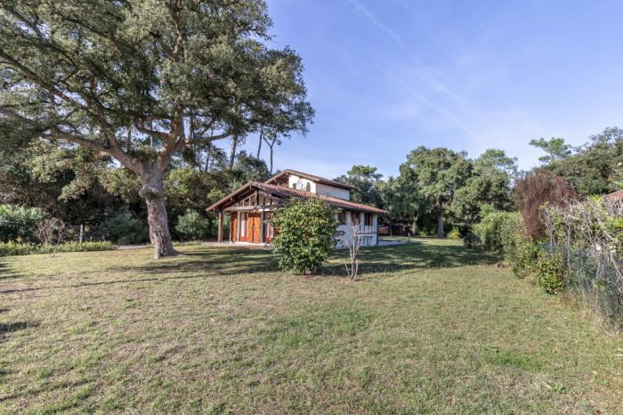 Labenne Ocean, casa con estudio independiente en 1177 M² de terreno