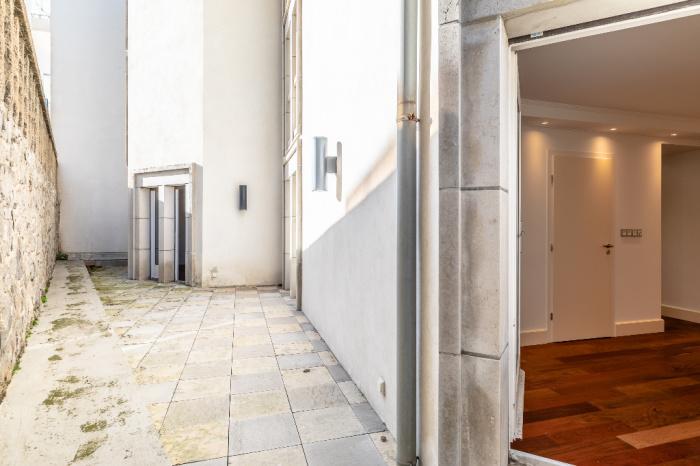 For sale Biarritz Port Vieux apartment 4 rooms sea view