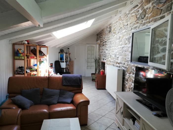 Casa en venta Barrio St Léon ,tranquilo