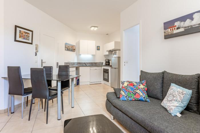 A vendre appartement deux pièces en centre ville.