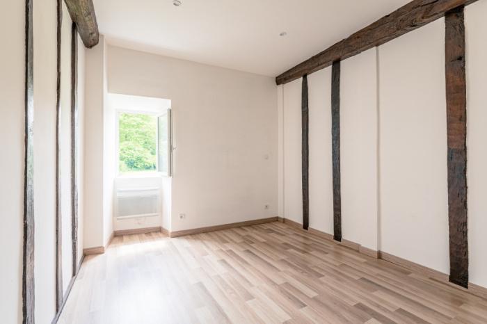 Cherchebruit, appartement T7 à vendre