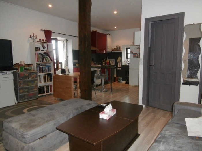 2 bedroom apartment in the town center