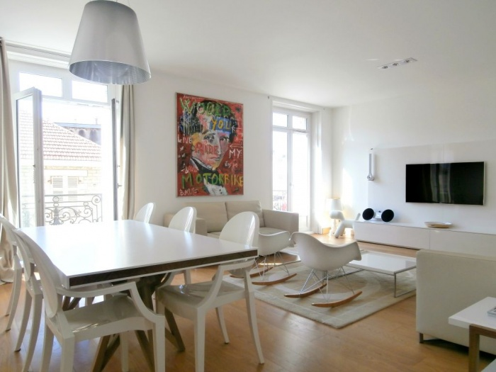 A rare property in the HALLES district
