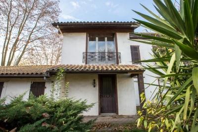 A vendre, charmante maison à rénover à proximité de commerces