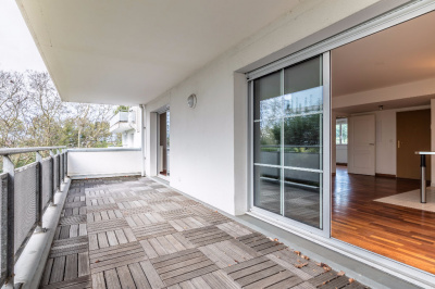 ar nes appartement t3 vendre standing grande terrasse achat appartement bayonne carmen. Black Bedroom Furniture Sets. Home Design Ideas